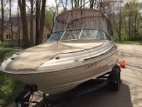 2001 Sea Ray Sun deck 190. Priced to sell. Includes
