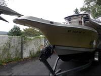 2001 Seaswirl Striper Walk Around Great fishing and