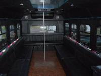 2001 FORD E450 18 psg. Limo-Bus, Turbo Diesel, Auto,