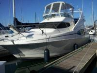 2001 Silverton 3300, This beautiful, very clean boat is