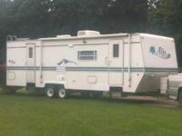 2001 Skyline Aljo M3035 Travel Trailer and 2001 Dodge