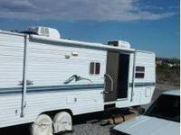 2001 Skyline Nomad 2950. A Home on the open roadway