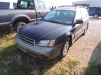 FUEL EFFICIENT 28 MPG Hwy/21 MPG City! Outback w/RB