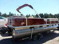 2001 Sun Tracker Party Barge Boat is located in