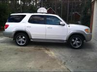 2001 Toyota sequoia, sunroof that slides and tilts, tan