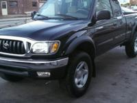 2001 TOYOTA TACOMA EXTENDED CAB SR5 V6 4X4 THAT HAS