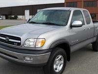 Selling my 2001 Toyota Tundra SR5 4x4 truck. 110,xxx