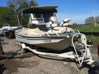 2001 Tracker Deck Boat, 21 ' with 190 HP Merc Inboard,