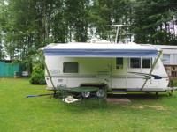 We have a 2001 trail lite 7000 pull camper with air ,