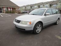 01 Volkswagen Passat wagon. V6 Great condition. 142k