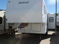 2001 Wildwood 24RLS 2001 Wildwood 24RLS Fifth Wheel