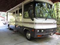 2001 Winnebago Adventurer 32V For Sale in Kernersville,