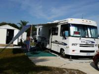 2001 Winnebago Brave Series M-26P. 30 feet in length-