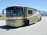 DETAILS:   WINNEBAGO INDUSTRIES ULTIMATE FREEDOM 40JD