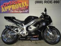 2001 Yamaha R1 motorcycle for sale $2,500! Has a few