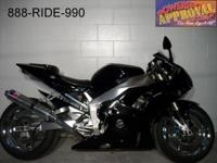 2001 Yamaha R1. Super sharp all black paint. Clean,