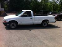 2001 Chevy S10 pickup Clean title in hand 63,000 miles