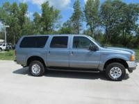 J108AI: XLT trim. 3rd Row Seat, Running Boards, CD