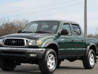 2001 TOYOTA TACOMA DOUBLE CAB 4X4 V6 SR5 1-OWNER CLEAN
