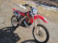 This is a 2001 CR250 Chassis/Frame with a CR500 engine.