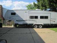 2002 32' COACHMEN CHAPARRAL 5TH WHEEL WITH LIVING AREA