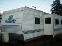 This trailer is an very good condition. Fully