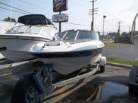 This 2002 Bayliner 195 Bow Rider is powered by a 4.3