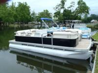 2002 Bennington Party Barge 18 foot with 50 hp Johnson.
