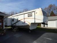 2002 Cedar Creek Custom 36' 5th wheel, Model 36RLTS.