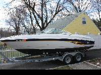 2002 Chaparral 220 SSI powered by a 5.7L V8 MerCruiser