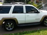 In great condition I'm selling chevy trailblazer