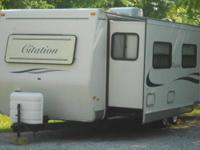 Nice 2002 rv for sale. 30 foot, air , heat, Lots of
