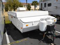 (407) 499-8772 ext.992 Used 2002 Coachmen Clipper