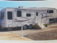 2002 Coachman Royal Deluxe (FL) - $28,000 (without lot)