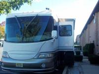 2002 Coachmen Sportscoach in Excellent Condition! This