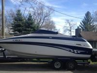 230 CCR CROWNLINE CUDDYORIGINAL OWNERS! - LOW HOURS -