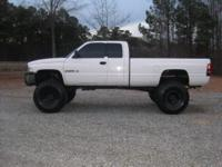 Awesome mudder 2002 Dodge 2500 SLT 4X4 4-Door Xtra-Cab