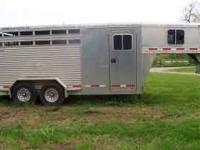 For sale: 2002 Featherlite 3 horse, aluminum,