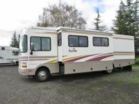 2002 Fleetwood Bounder 31 feet...2 slideouts...26,700