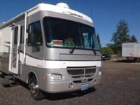 2002 Fleetwood Southwind M-32V. Seller is Motivated all