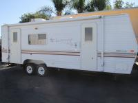 2002 Fleetwood Terry Travel Trailer 25' 1 Slide-Out is