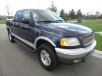 Keyless entry! 4 Wheel Drive! Short Bed! Want to