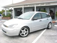 Options Included: This Ford Focus ZX5 features AC,