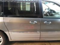 2002 ford windstar SEL complete power needs nothing.
