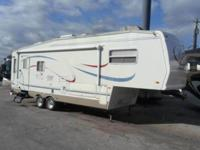 Pre-Owned 2002 Forest River RV Cardinal 29 LE Fifth