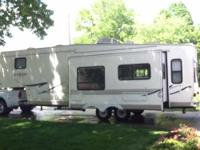 2002 Forest River Sandpiper in Excellent Condition- -