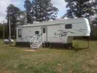 2002 Forest River Sierra in Excellent Condition No