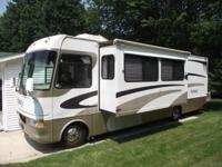 2002 Four Winds Infinity, Length: 33.5 ft, Exterior: