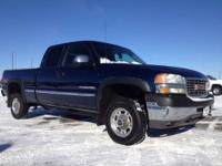 2002 GMC Sierra 2500HD Extended Cab Pickup - Short Bed