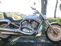 2002 Harley Davidson VRSCA V-Rod one-owner --the